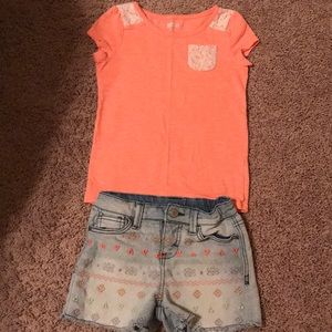Crazy 8 top and Cherokee shorts size 5/6